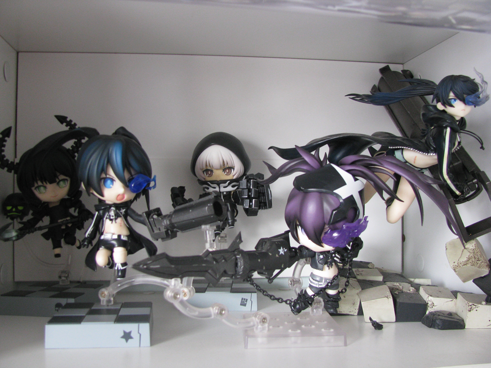Black Rock Shooter collection - this one definitely needs risers ;_;
