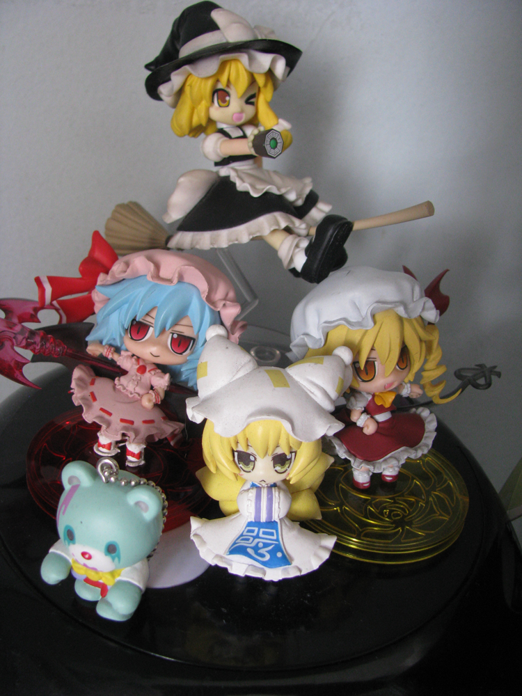 Touhou corner. They're almost all broken in some way... ;_;